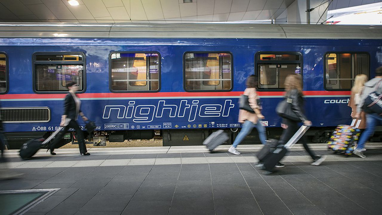Le train de nuit Nightjet de la compagnie autrichienne ÖBB, à la gare centrale de Vienne.