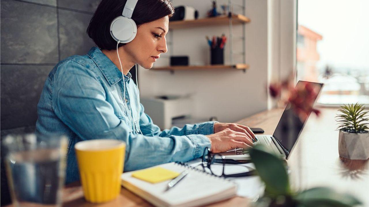 Désormais, de Microsoft à Google ou Cisco Webex, on ne parle plus de télé-travail mais de «travail hybride», c'est-à-dire à la maison comme au bureau.