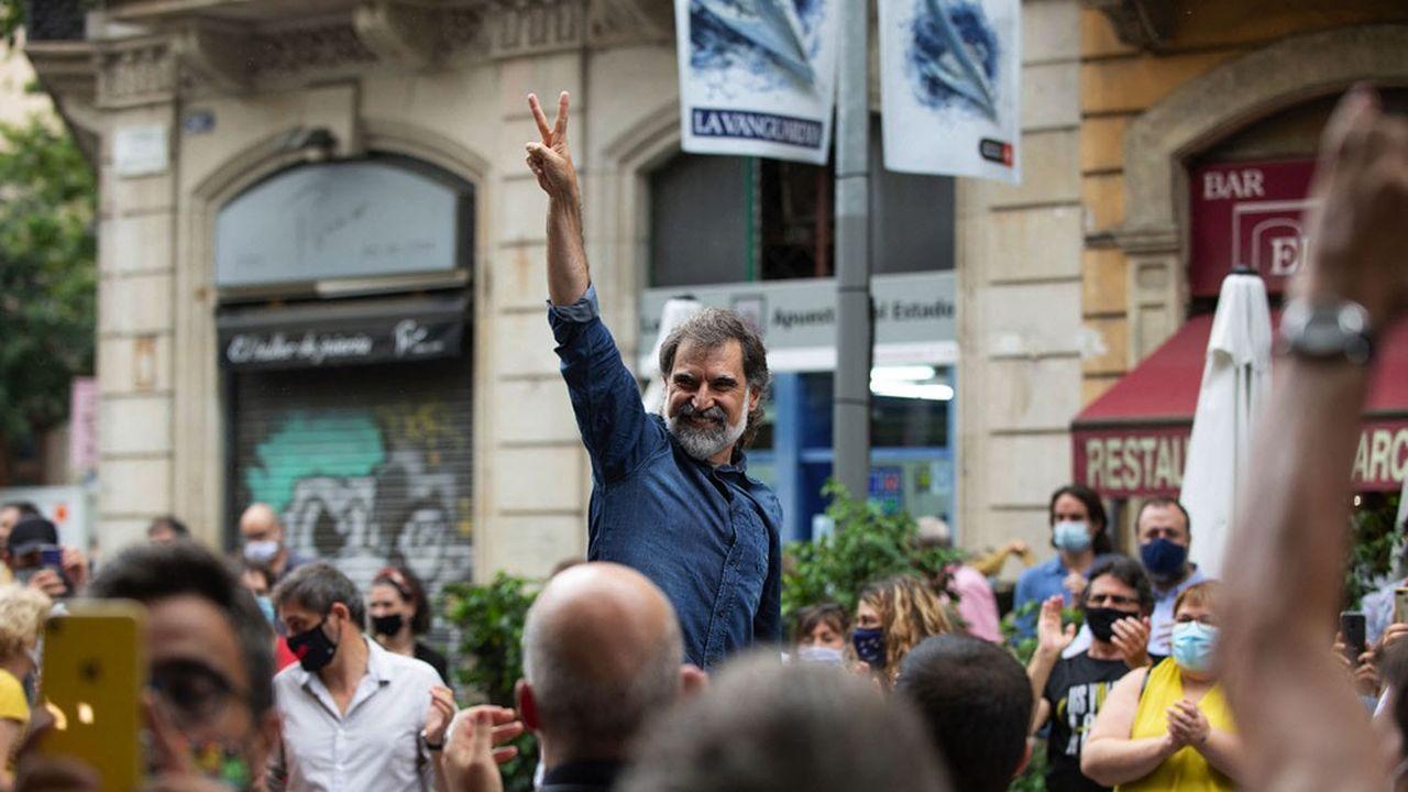 Le militant souverainiste catalan Jordi Cuixart (sur la photo en juillet2020 lors d'un week-end de semi-liberté), président de l'association Omnium Cultural, est sorti ce 23juin de prison ainsi que huit autres indépendantistes catalans condamnés pour la tentative de sécession de 2017.