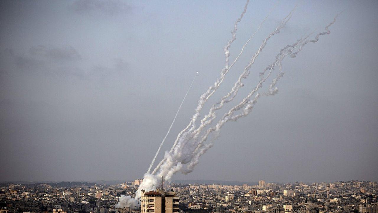 Tsahal dit avoir recensé environ 3.000 tirs de roquettes depuis la bande de Gaza depuis lundi, une cadence inédite.