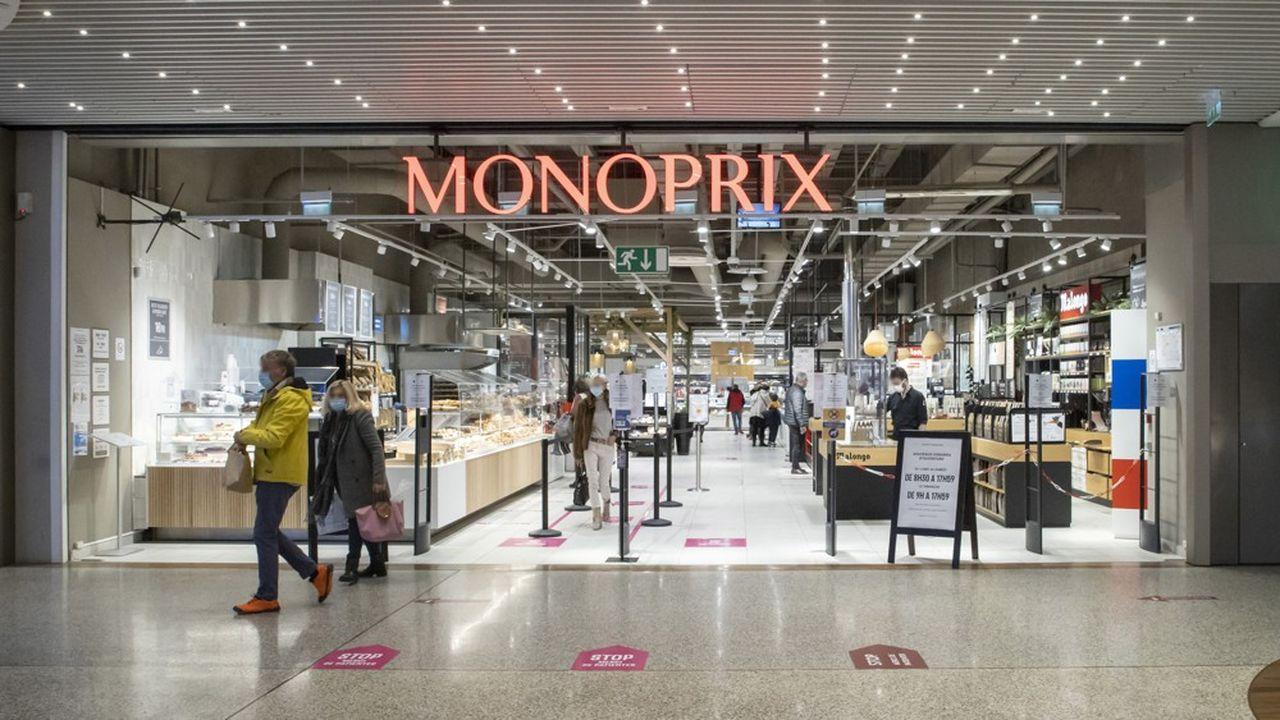 Les premiers menacés par l'essor du «quick commerce» sont Carrefour et Casino, qui règnent actuellement sur Paris et sa couronne avec les Carrefour City, les Monoprix ou encore les Franprix.