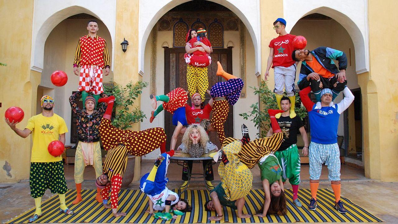 Le Groupe Acrobatique de Tanger donne «Fiq!» («Réveille-toi!») au festival Paris l'été.