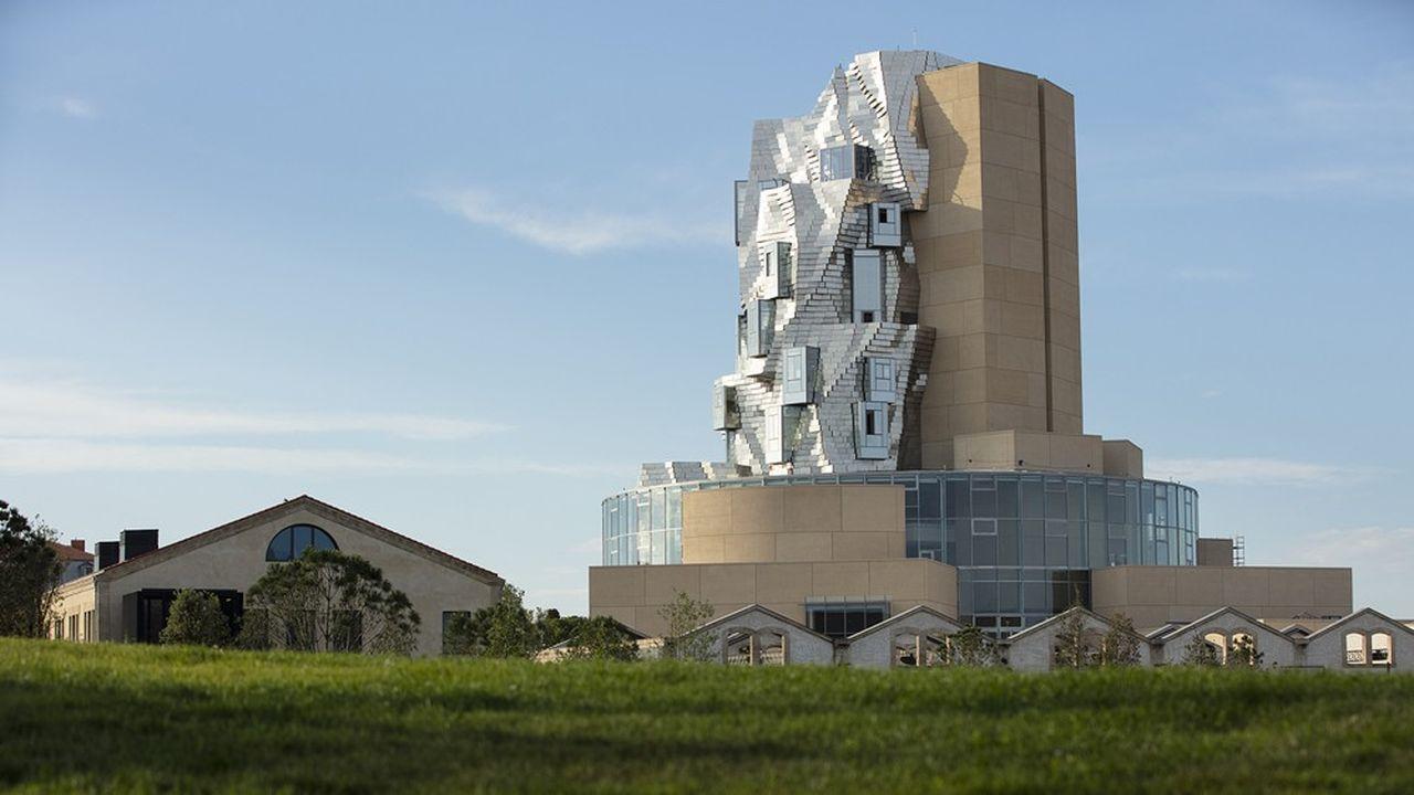 La tour de la Fondation Luma, conçue par Frank Gehry, à Arles.