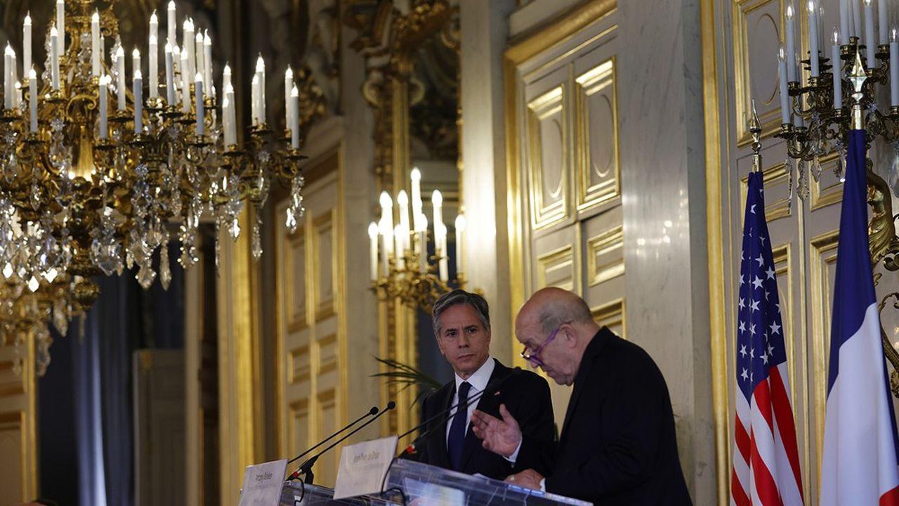 Le secrétaire d'Etat américain Antony Blinken et le ministre français des Affaires étrangères, Jean-Yves Le Drian, lors de leur conférence de presse au Quai d'Orsay, le 25juin 2021.