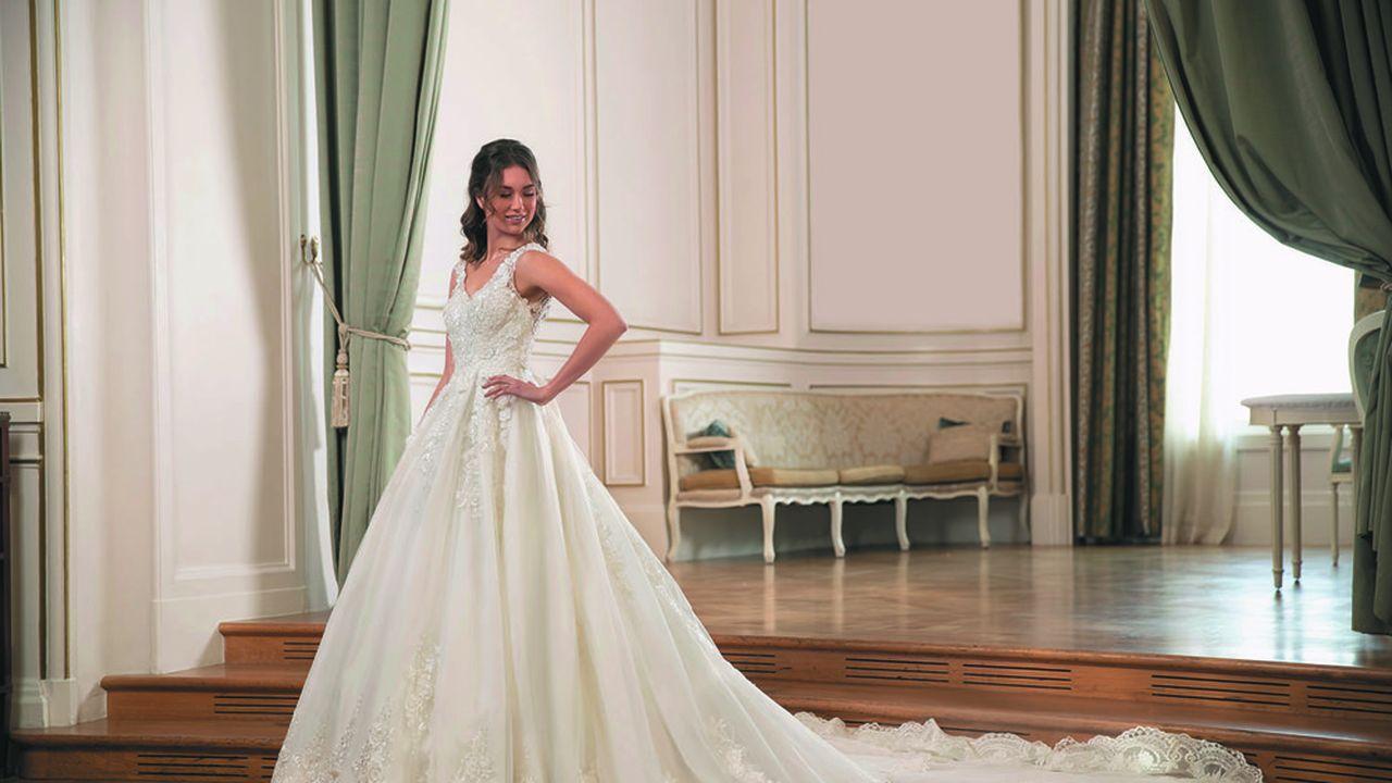 Pour les créateurs et les revendeurs de robes de mariée, 2021 sera une année très compliquée au niveau de la trésorerie.