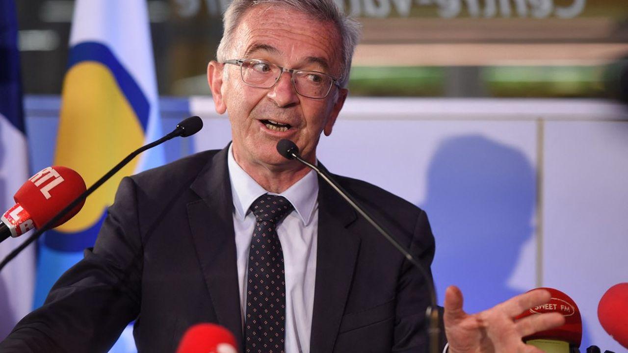 François Bonneau est reconduit pour la troisième fois à la tête de la région.
