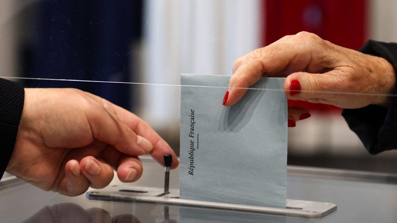 Elections régionales : le second tour en images