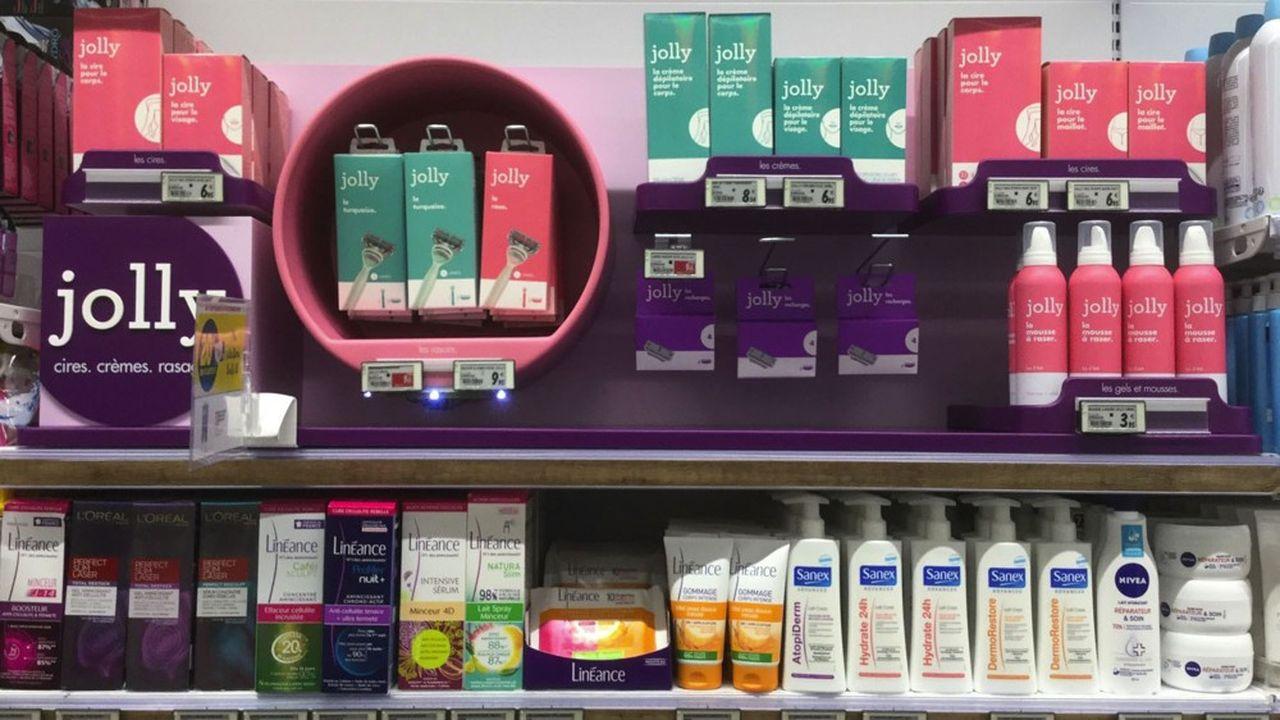 Procter & Gamble a lancé trois marques en France en deux ans, dont les rasoirs Jolly, avec des crèmes dépilatoires pour les femmes entre 20 à 30 ans.