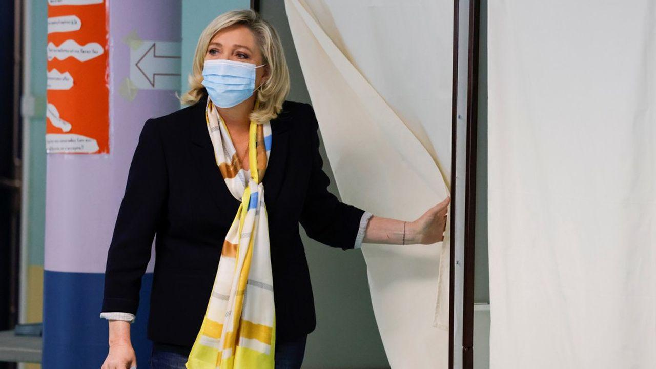 Marine Le Pen dimanche à Hénin-Beaumont.
