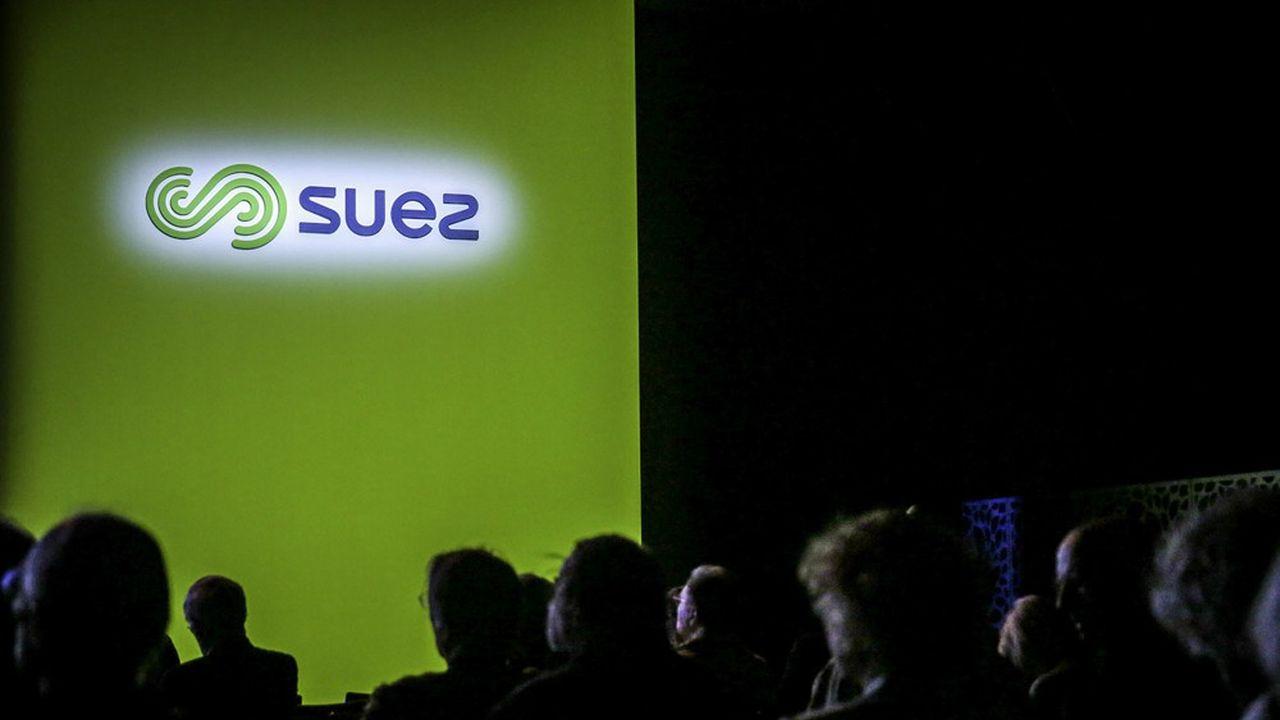 Le consortium espère bien avoir choisi le dirigeant du futur «Nouveau Suez» - si possible un dirigeant issu de l'actuel Suez - pour la mi-juillet et au plus tard fin juillet.