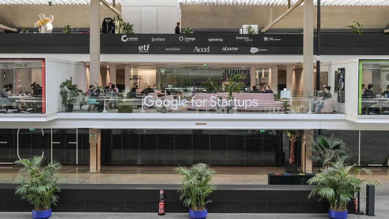 Google est l'un des partenaires de StationF, où il accompagne des projets en amorçage. Le géant américain revendique 17.000formés à ses outils en 2020.