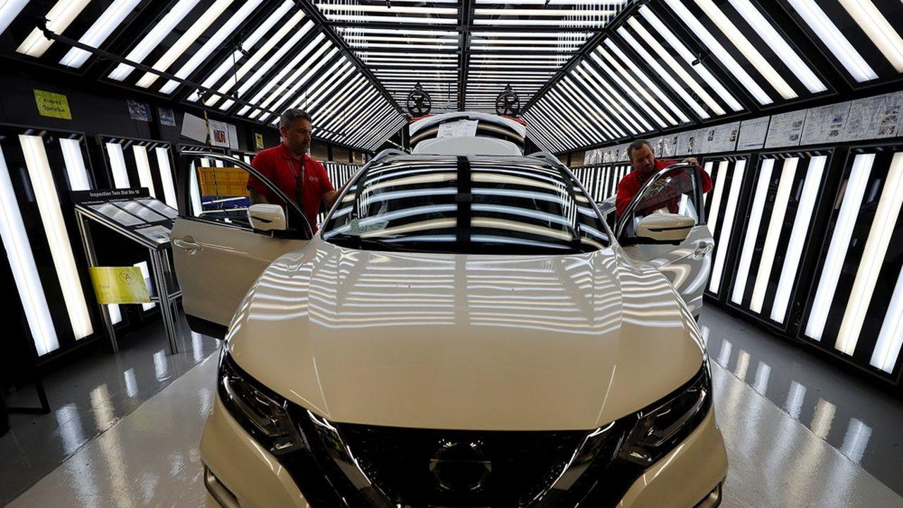 Nissan a annoncé jeudi un investissement de 1milliard de livres (1,17milliard d'euros) pour convertir l'usine de Sunderland à la prochaine génération de véhicules électriques.