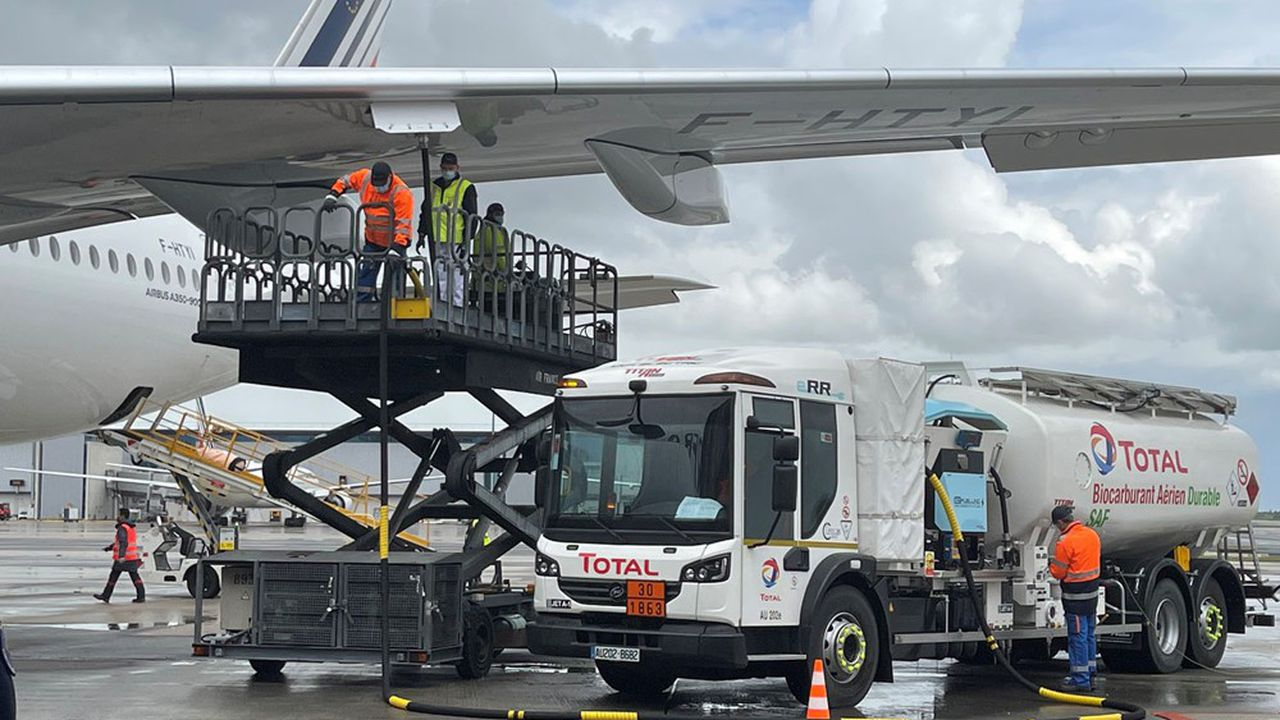 Derrière ces positions sur les carburants d'aviation «durables», toujours la même question de fond, à laquelle va devoir répondre la Commission. Qui va payer leur surcoût?
