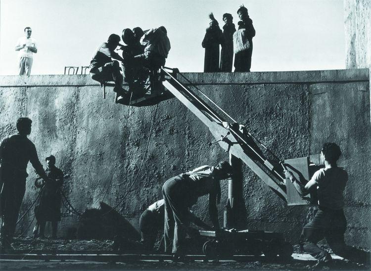 Claude Chabrol au travail sur le tournage de «Landru » (1963).