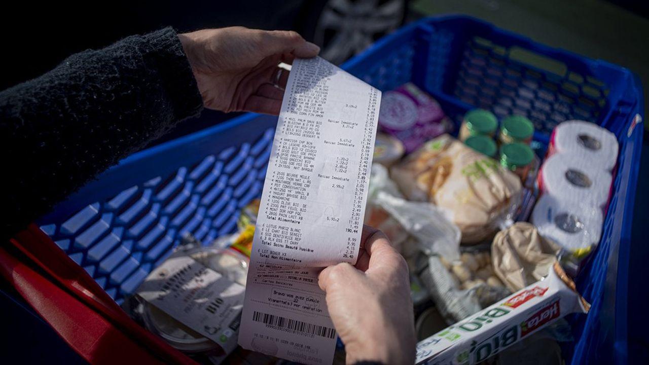 Selon une enquête de l'Insee, le nombre de ménages ayant épargné entre mars2020 et la fin du premier trimestre 2021 a augmenté de 4 points.
