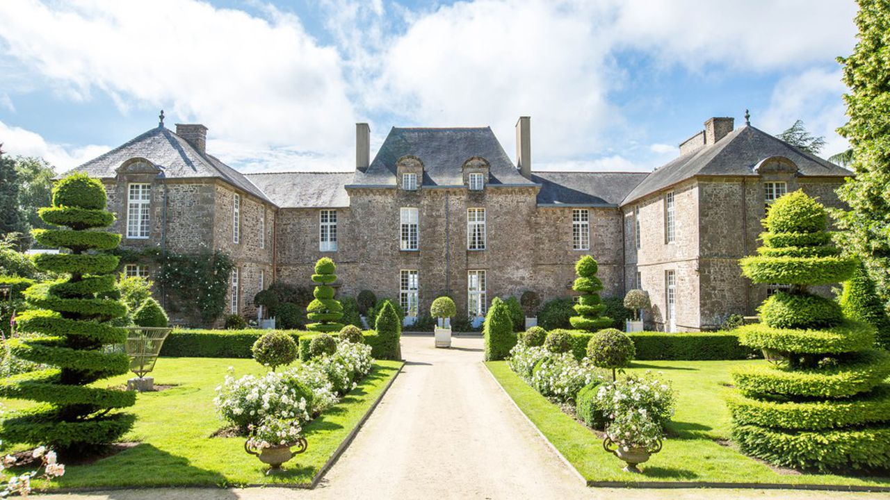 Le Château de la Ballue est disponible sur la plateforme Alma Heritage.