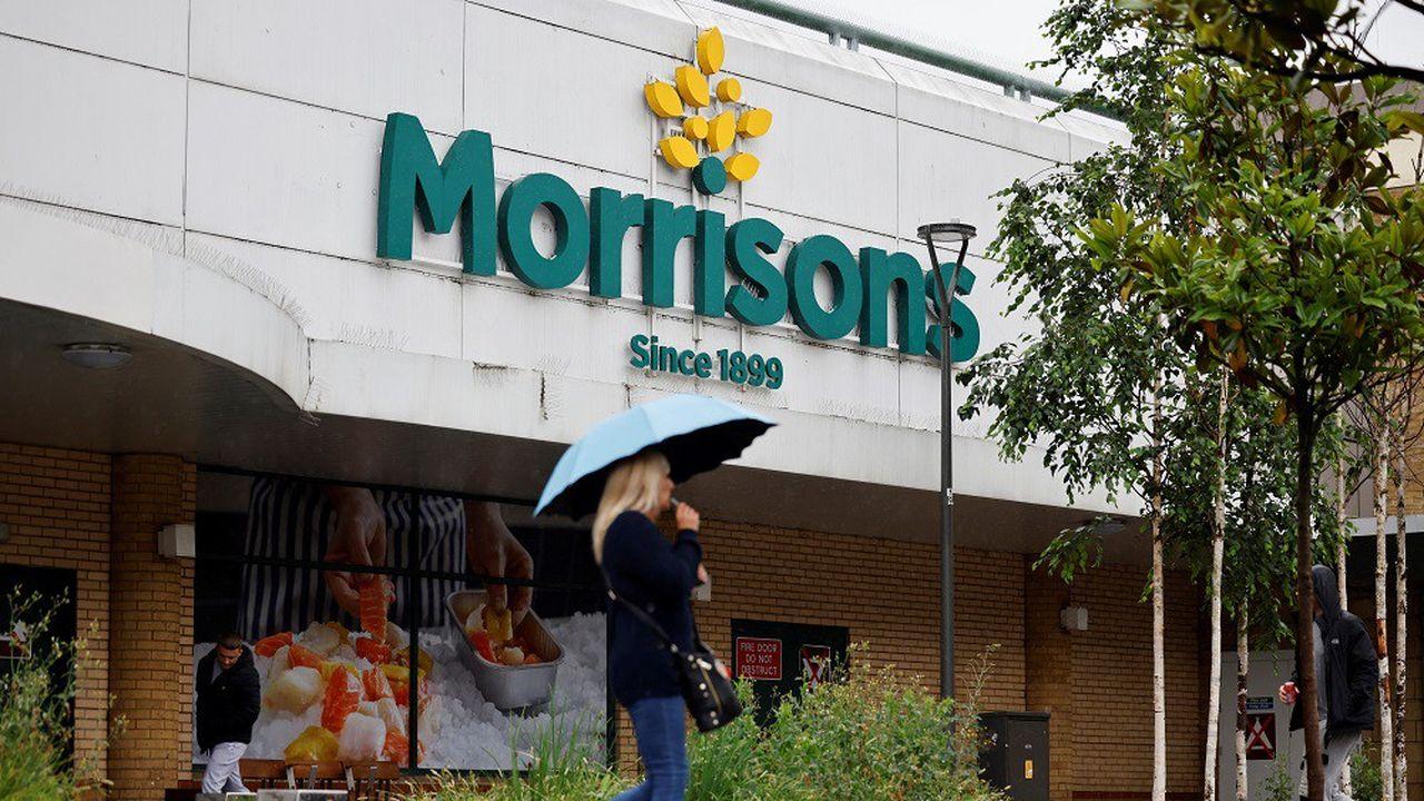 Morrisons compte près de 500 magasins et plus de 110.000 employés au Royaume-Uni.