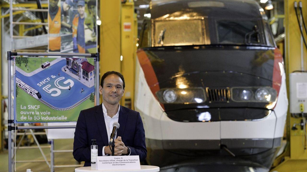 Cédric O a inauguré la première plateforme d'expérimentation 5G dans un technicentre de la SNCF le 2juillet.