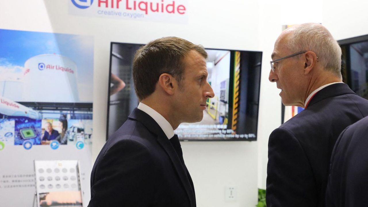 Favorable à la réforme des retraites, le président d'Air Liquide, Benoît Potier, est d'avis d'attendre avant sa mise en oeuvre.