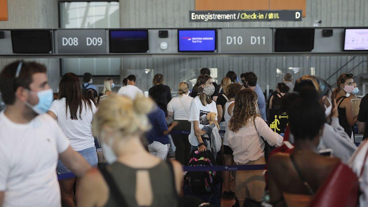 Le trafic des aéroports français (ici celui de Nice) a déjà chuté de 81% de mars à fin août.
