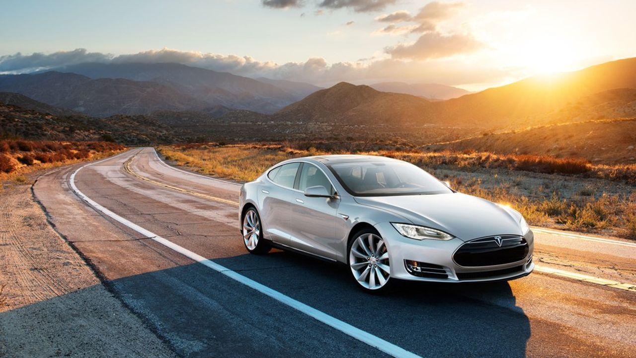 L'entreprise d'Elon Musk fait l'objet de poursuites judiciaires après plusieurs accidents provoqués par son système d'autoconduite.