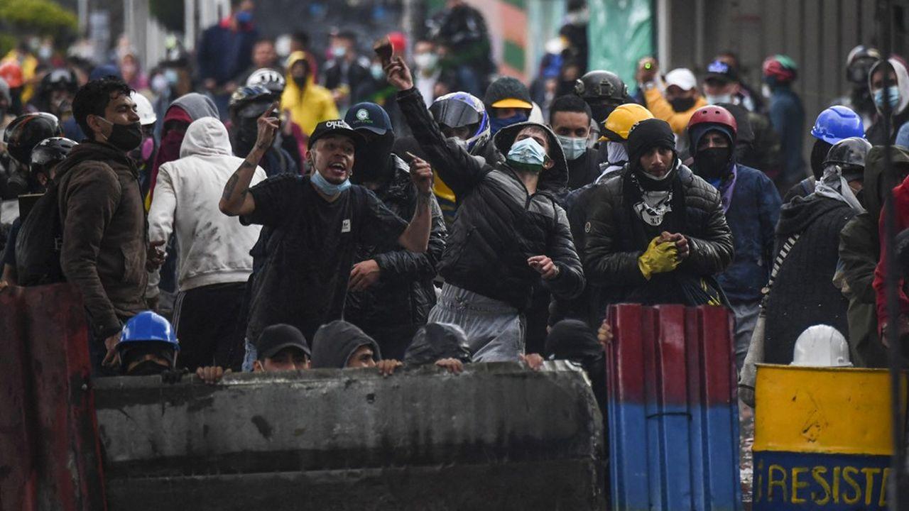 En juin, la Colombie a connu des émeutes, un phénomène que redoute l'OCDE.