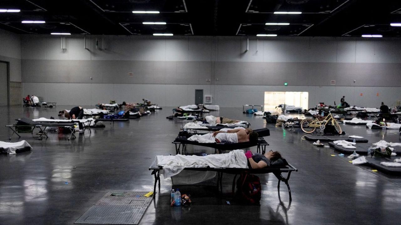 Des abris de refroidissement ont été installés à Portland (Oregon) pendant la vague de chaleur.