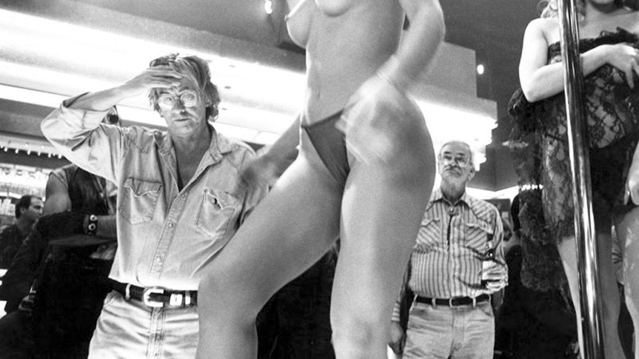 Le réalisateur Paul Verhoeven sur le tournage de «Showgirls» en 1995.