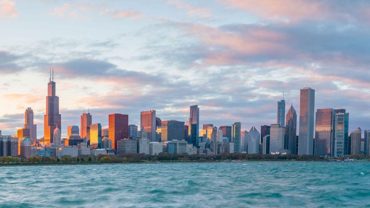 Avec la montée du lac Michigan, l'étendue des plages de Chicago se réduit de plus en plus.