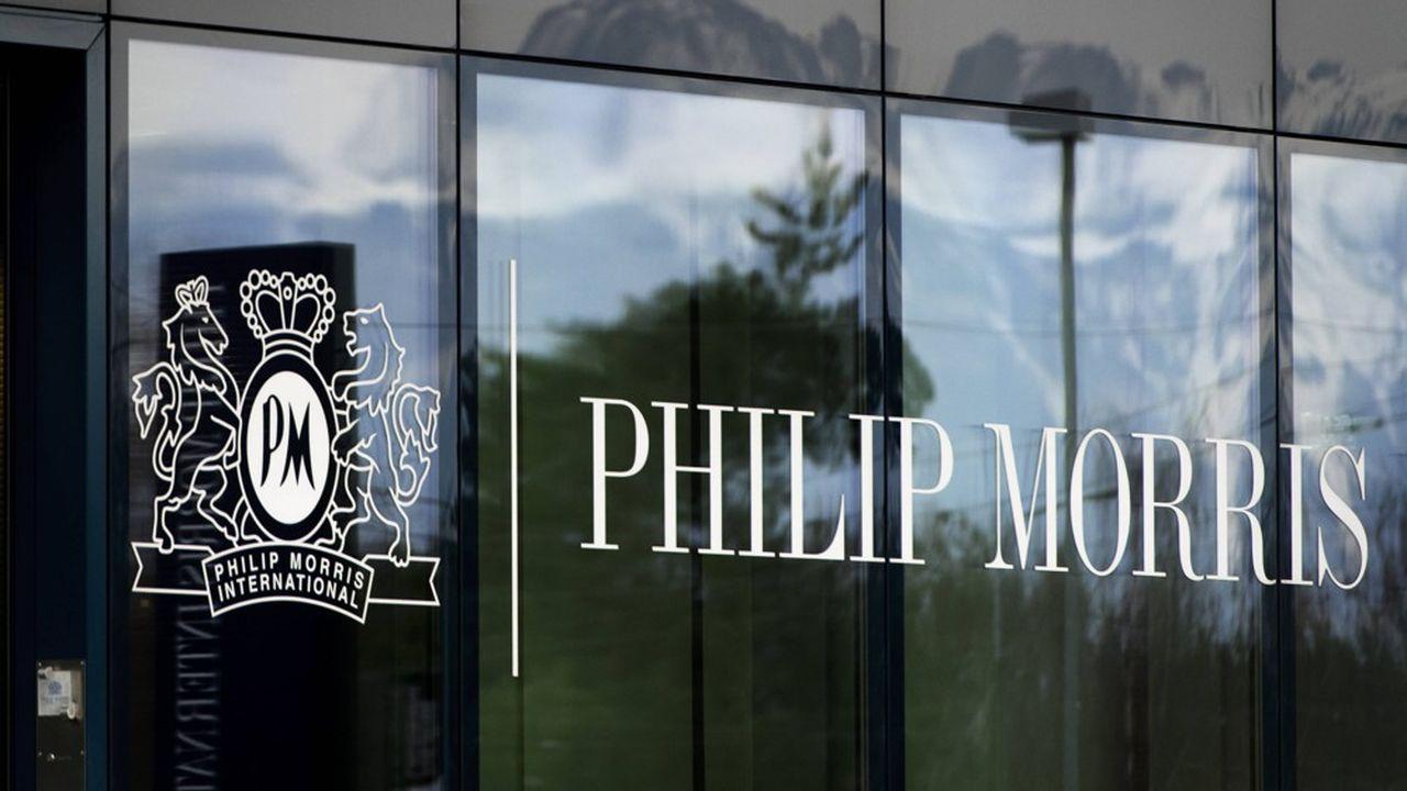 Le groupe Philip Morris se diversifie en rachetant des entreprises pharmaceutiques pour assurer son avenir.