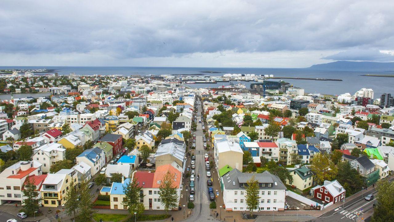 Avec 329.000 habitants, l'Islande est quasiment autant peuplée que la Corse.