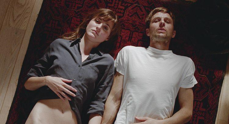 Renate Reinsve et Anders Danielsen Lie dans l'un des 12 chapitres de la vie de Julie.