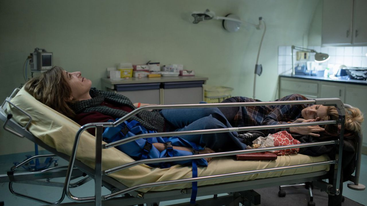 Valeria Bruni Tedeschi et Marina Foïs aux urgences dans «La Fracture»
