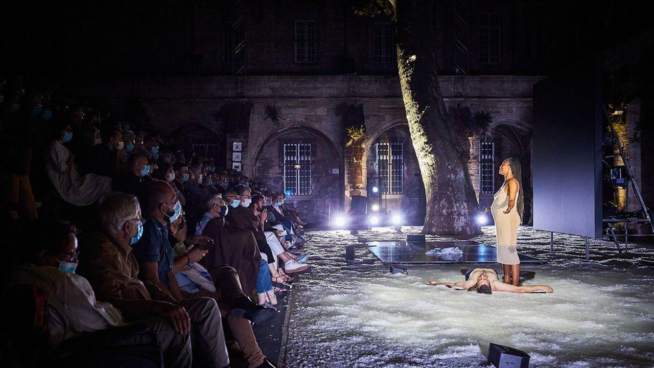 Les retrouvailles de Gabor (Fabrice Murgia) et de Lou (Nancy Nkusi) au bout de la «nuit».