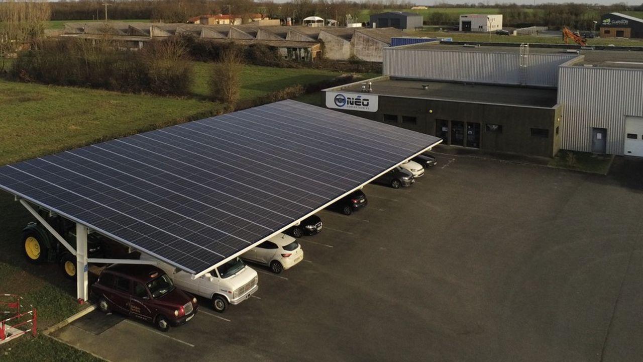 Vendée Ombrières a été créé pour financer, construire et exploiter des ombrières de parking.