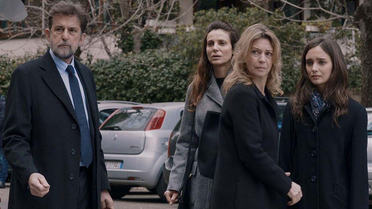 Margherita Buy, Nanni Moretti, Denise Tantucci devant l'immeuble de «Tre Piani»