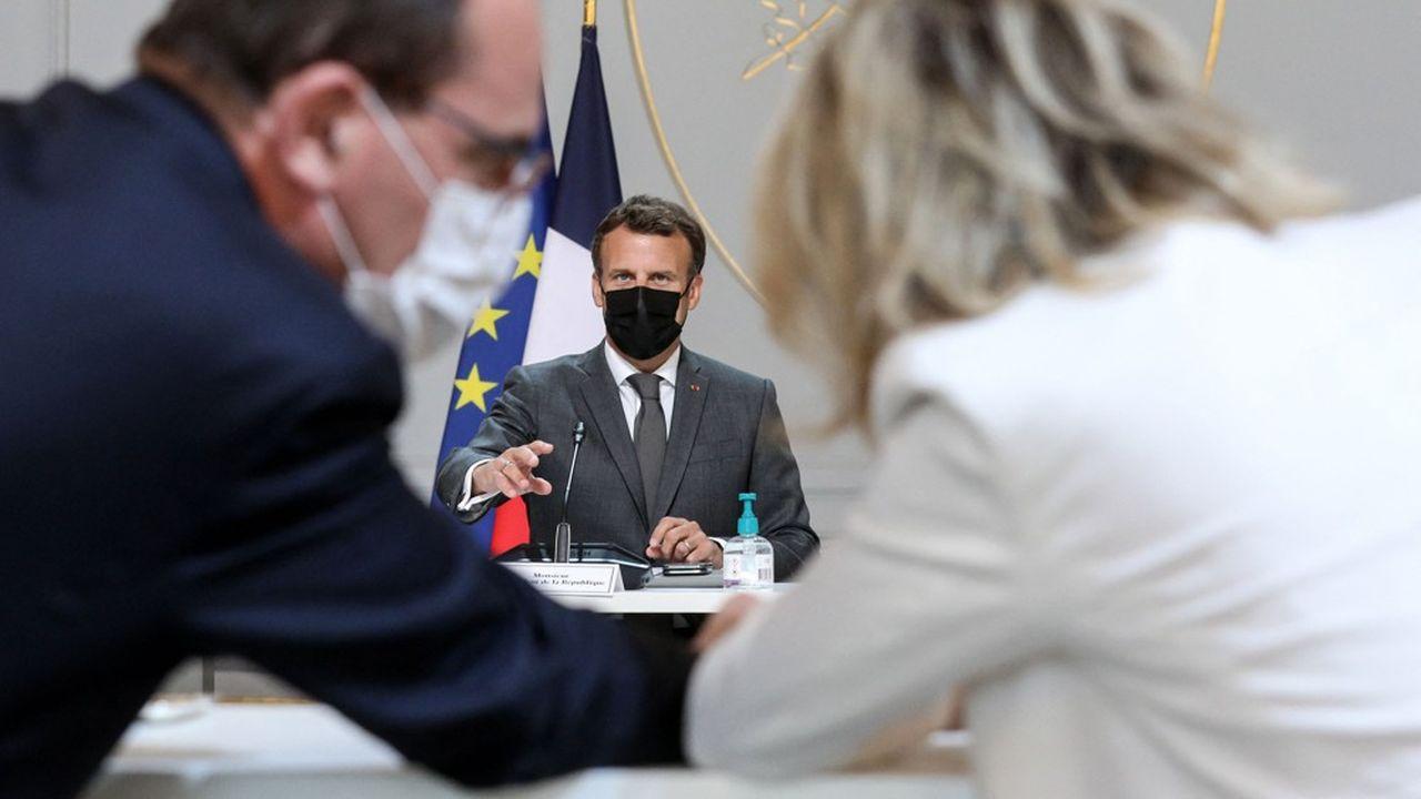Emmanuel Macron a dessiné ce lundi l'agenda économique que devra suivre le Premier ministre, Jean Castex, dans les prochains mois.