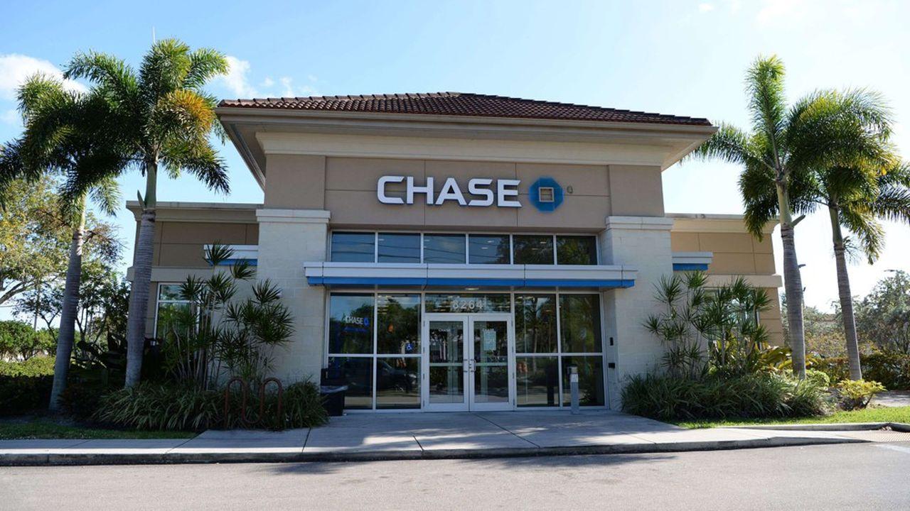 JPMorgan Chase a constaté une hausse spectaculaire des dépenses sur les cartes de débit et de crédit, supérieure même au niveau d'avant la crise.