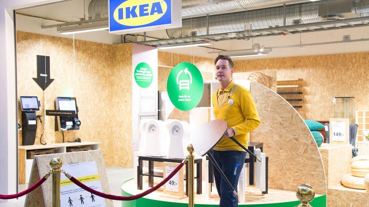 Depuis le 1erjuillet, les magasins Ikea français proposent la réservation de meubles d'occasion disponibles chez eux sur le site Internet de l'enseigne.