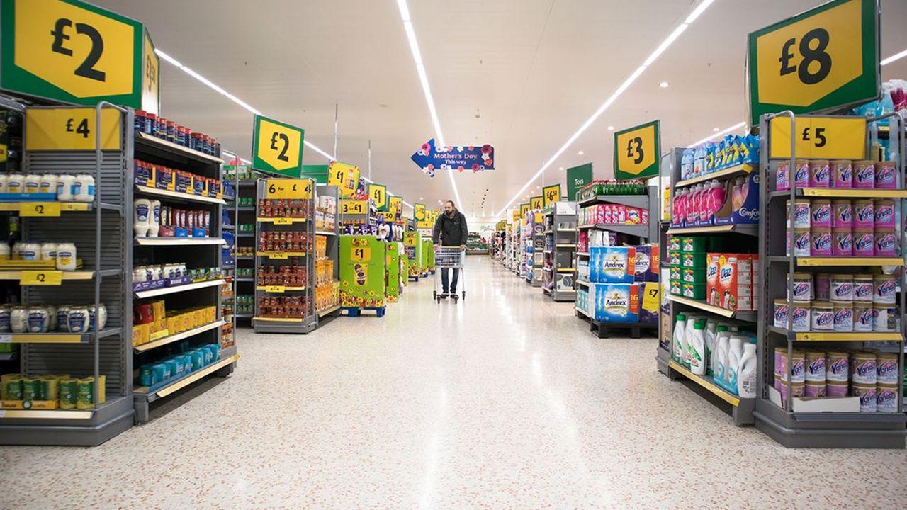 Morrisons, quatrième chaîne britannique de supermarchés, est gros pourvoyeur d'emplois avec ses 500 magasins qui font travailler 118.000 salariés.