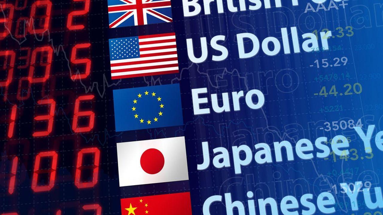 La fluctuation des taux de change oblige les ONG à puiser dans leurs ressources de dons pour payer les coûts de leurs transferts d'argent à l'étranger.