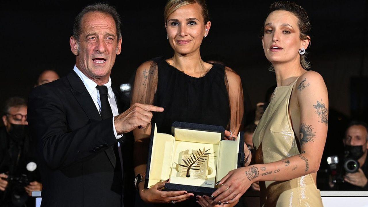 A 37 ans, Julia Ducournau est seulement la seconde femme à remporter la Palme d'Or, près de trente ans après Jane Campion et sa «Leçon de Piano»