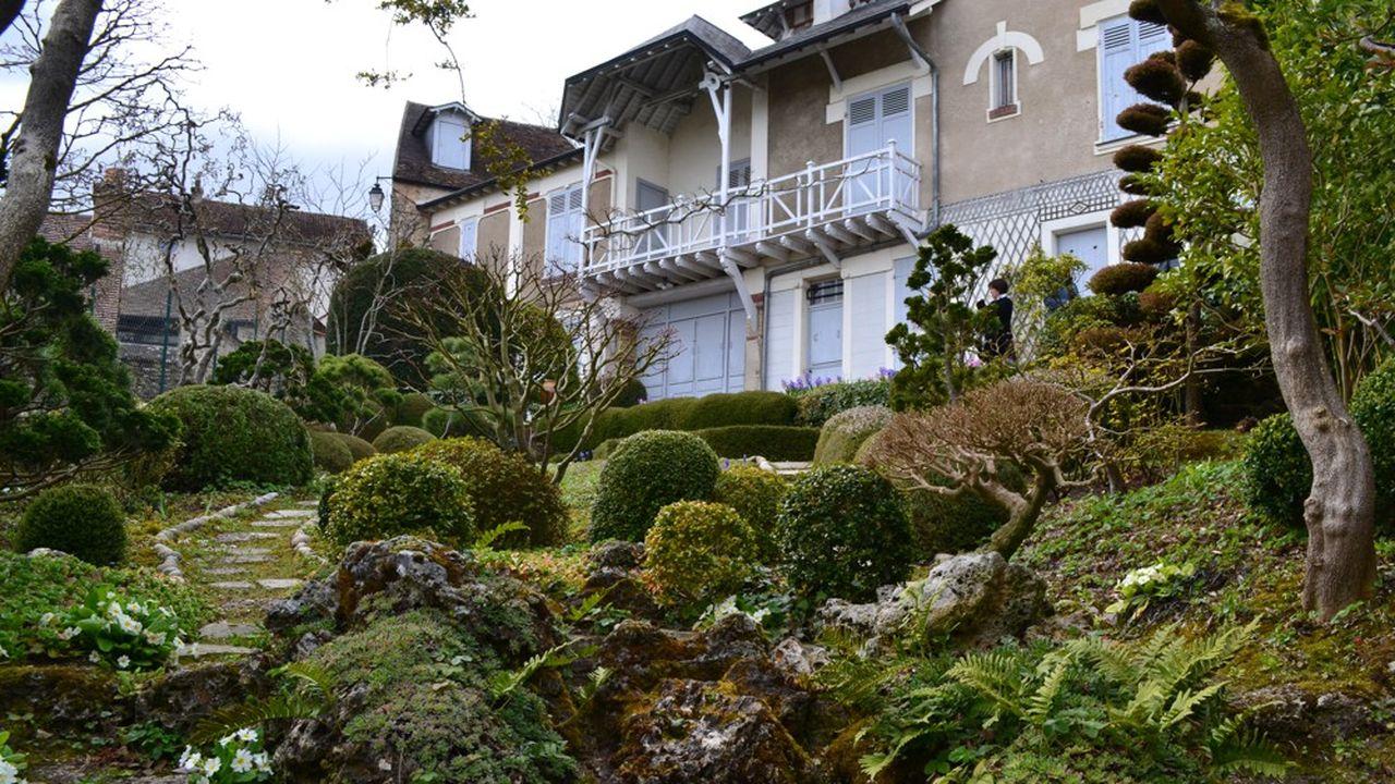 lLa demeure de Maurice Ravel à Montfort l'Amaury est restée inchangée telle que le célèbre musicien l'a conçue et dans laquelle il a vécu jusqu'à sa mort en 1937