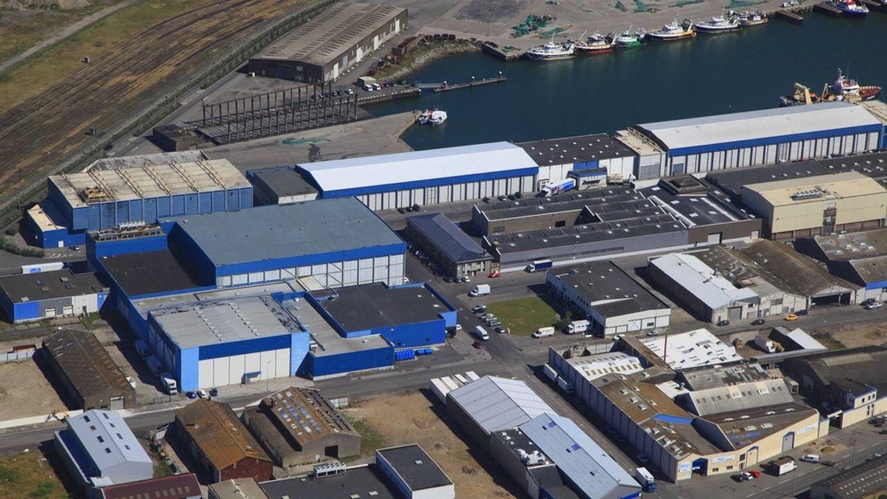 A Boulogne-sur-Mer, dans le Pas-de-Calais, des entrepôts consacrés à l'industrie de la pêche.