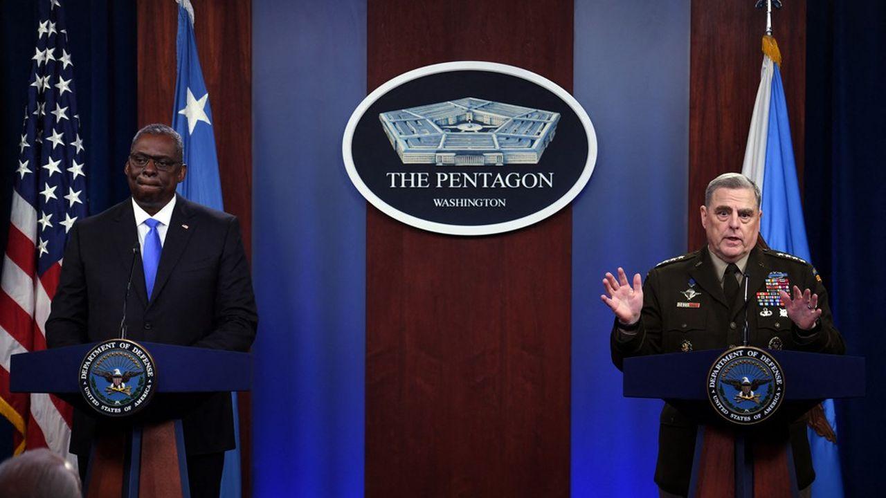 «Une victoire militaire automatique des talibans n'est pas courue d'avance», a affirmé le chef d'état-majoraméricain, Mark Milley (à droite).