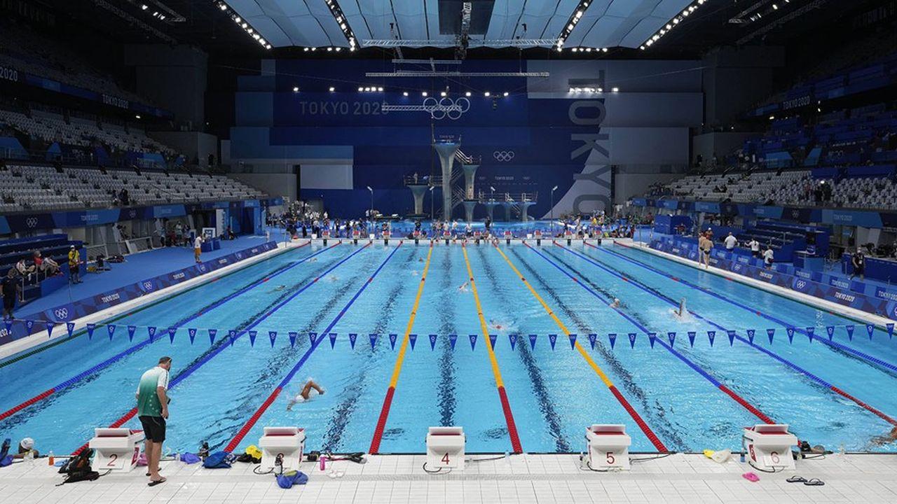 L'organisation des Jeux de Tokyo a donné lieu à d'importants investissements dans les infrastructures: routes, stations de métro, stade olympique ou encore centre aquatique.