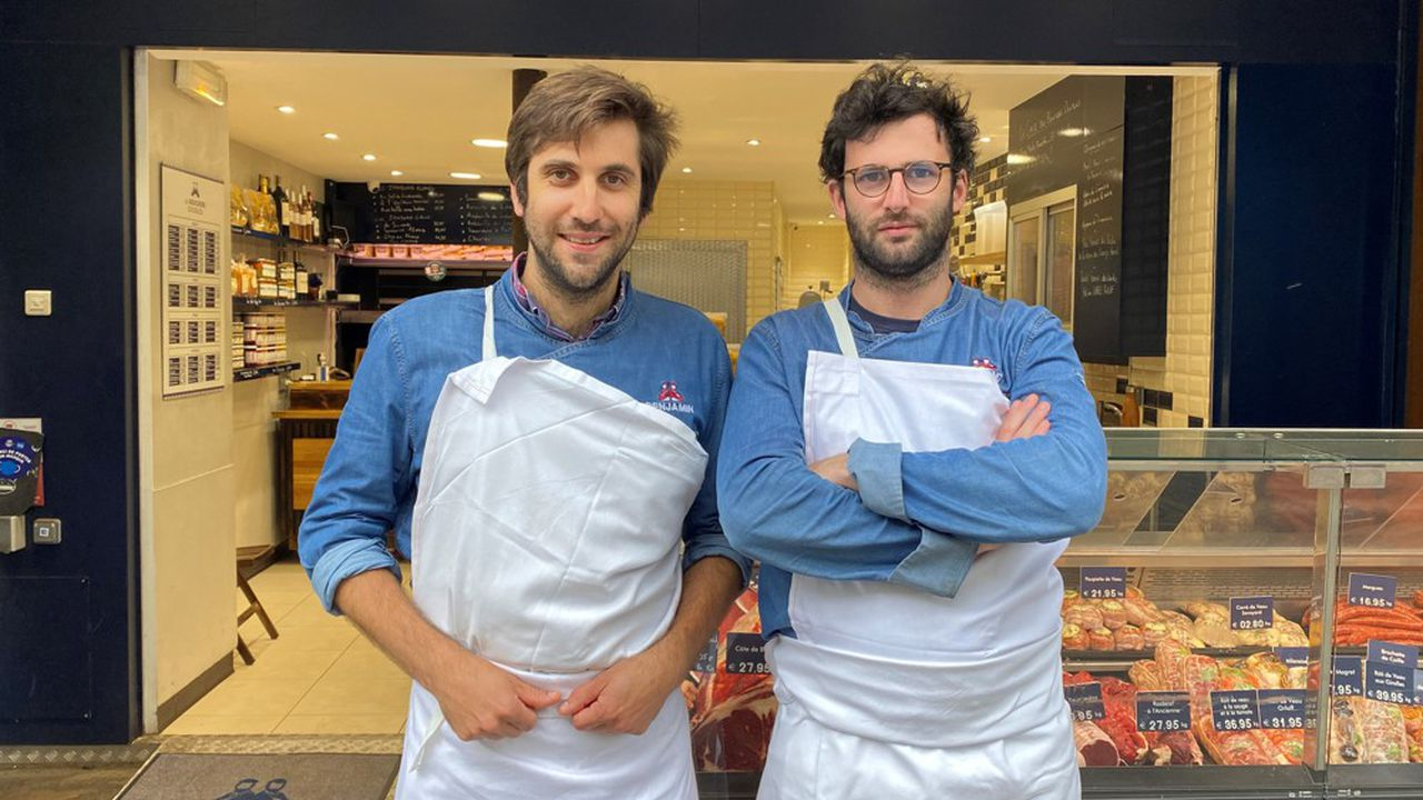 Benjamin Tixier (à gauche) et Roland de Linares (à droite) étaient tous les deux consultants avant leur reconversion dans la boucherie, il y a un peu plus de deux ans.