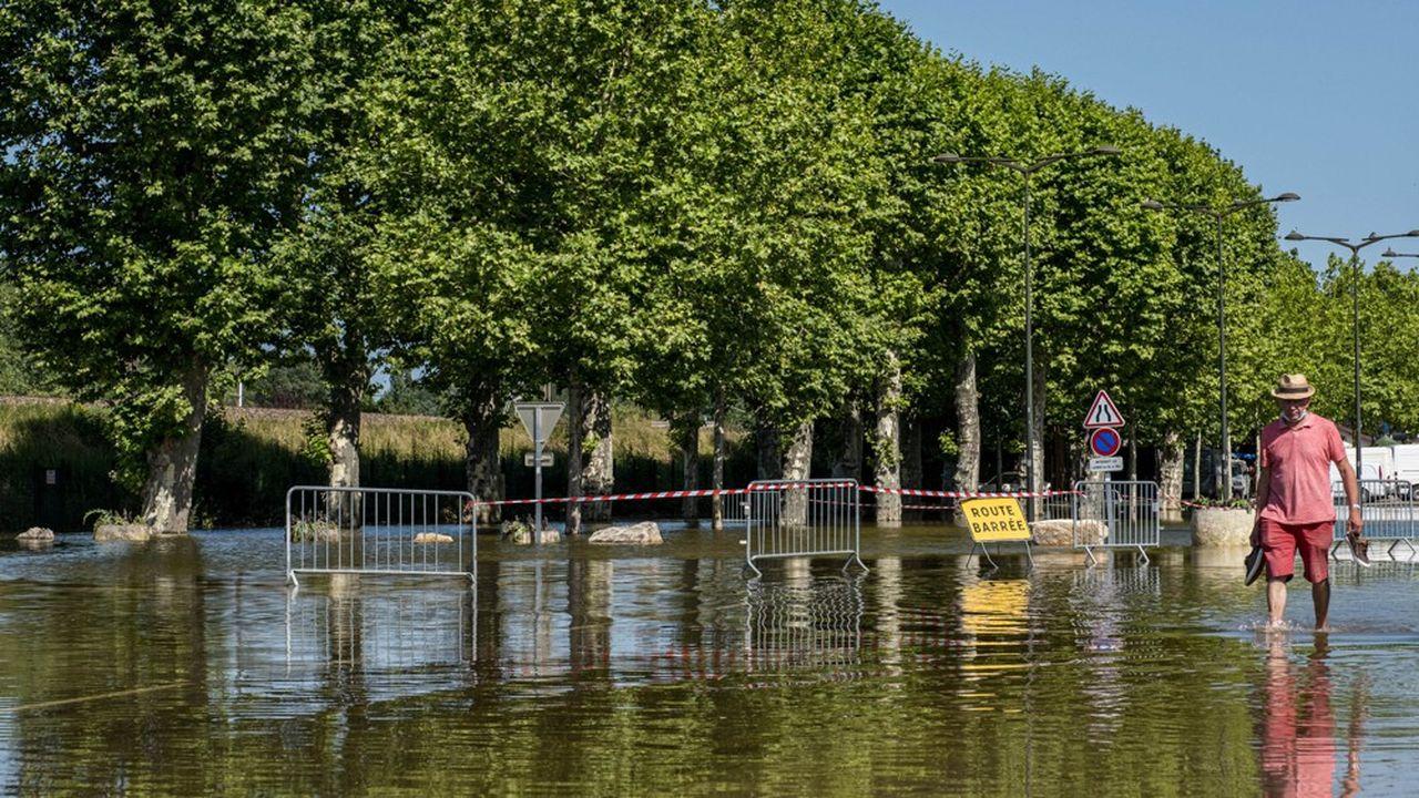 Une semaine après les inondations qui ont frappé la Saône-et-Loire (ici à Louhans), les orages ont fait de nouveau dégâts.
