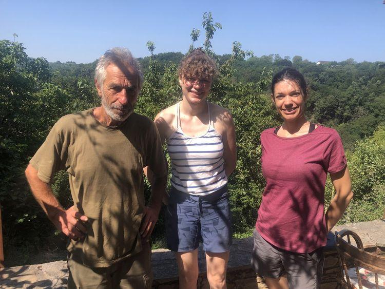 Karel, Louise et Noémie.