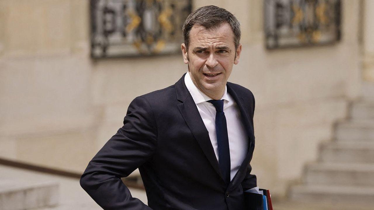 EXCLUSIF - Complémentaires santé : Olivier Véran met à l'étude le scénario d'une « grande Sécu »